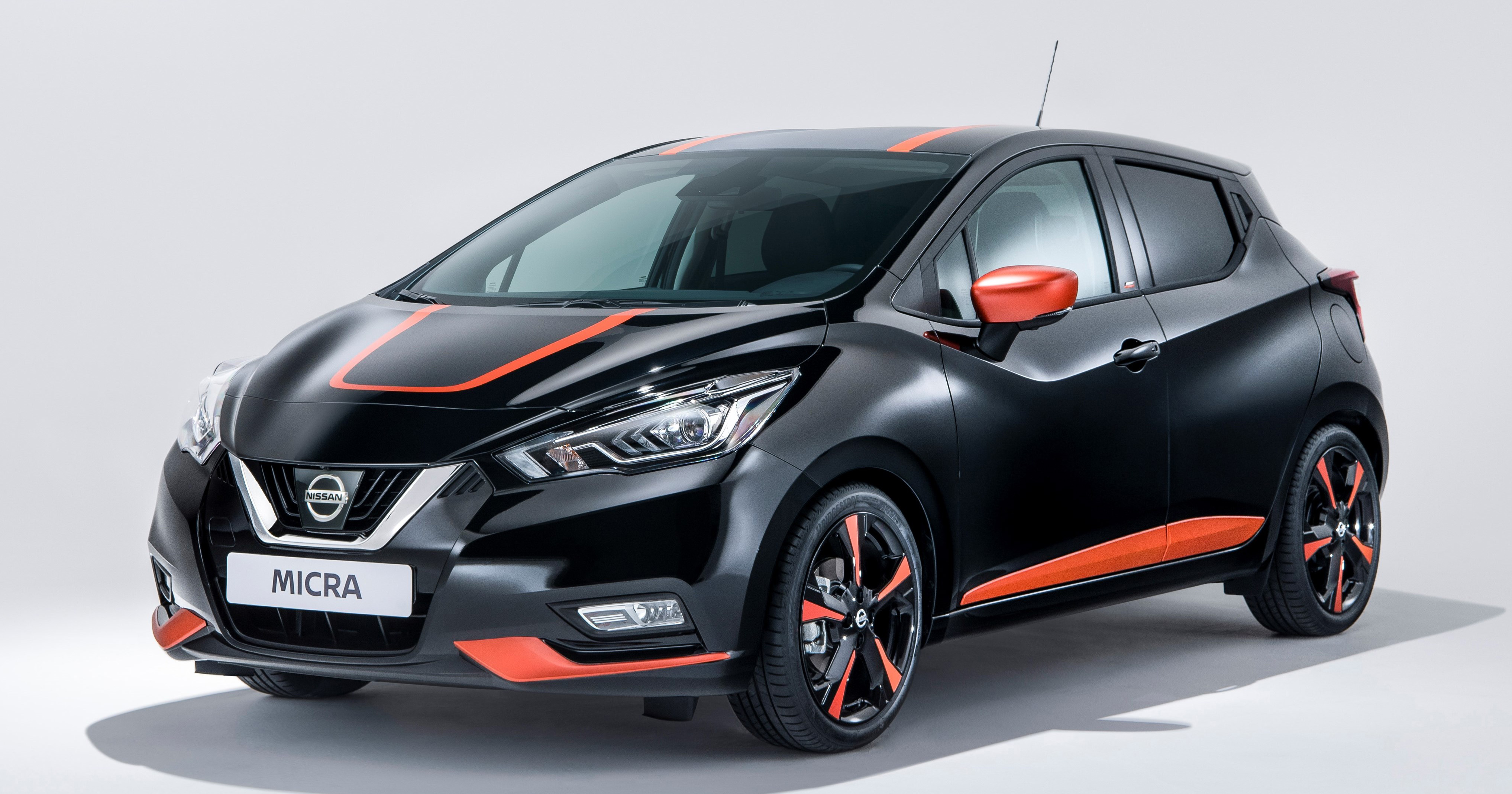 nissan march bose personal edition debuts in geneva image 627213. Black Bedroom Furniture Sets. Home Design Ideas