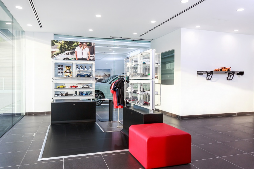 Sime Darby Auto Performance opens Porsche Centre Penang – includes nine service bays, parts warehouse Image #630799
