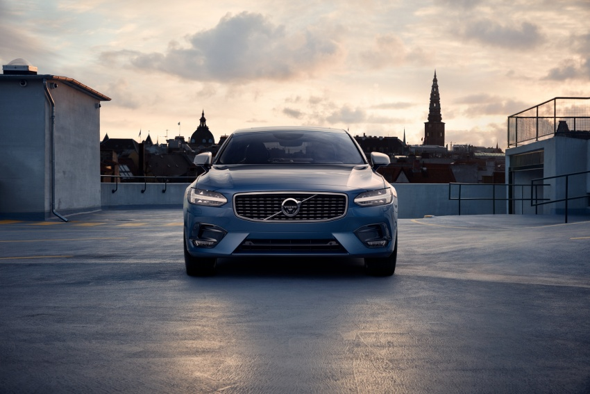 Volvo S90, V90 launched in M'sia: T5 and T6 R-Design, semi-autonomous driving as standard, from RM389k Image #633765