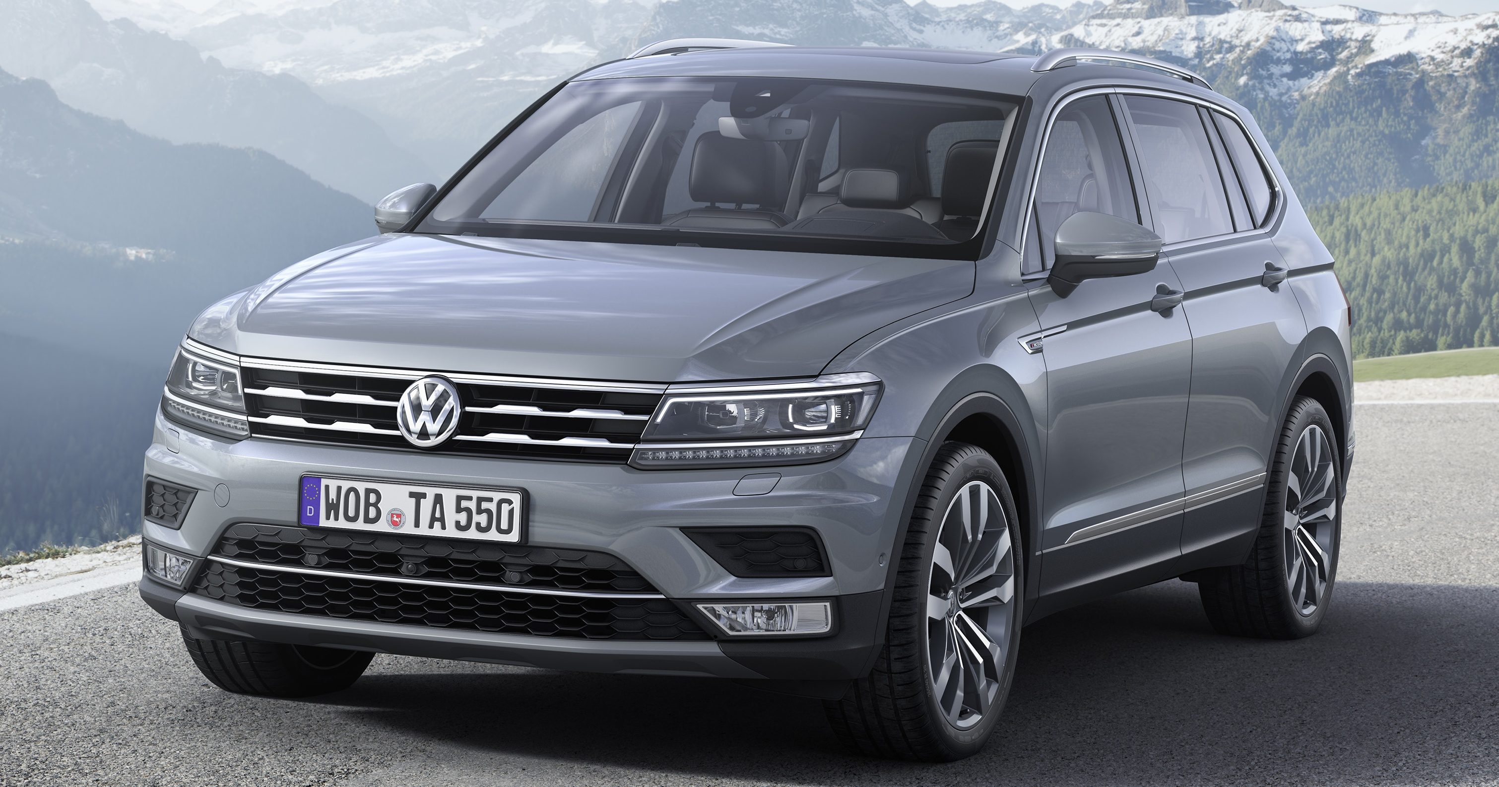 volkswagen tiguan allspace makes its way to europe. Black Bedroom Furniture Sets. Home Design Ideas