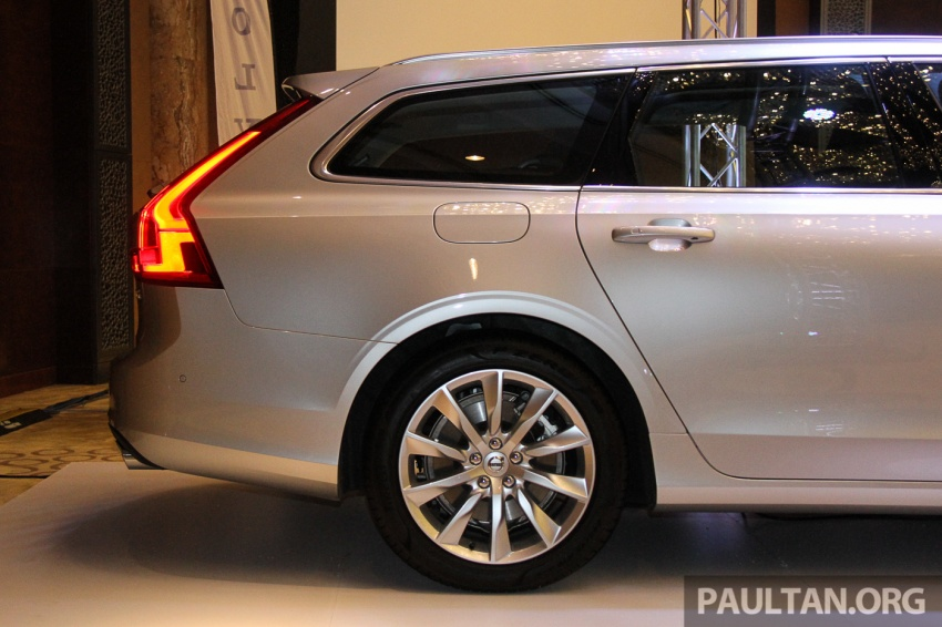 Volvo S90, V90 launched in M'sia: T5 and T6 R-Design, semi-autonomous driving as standard, from RM389k Image #634391