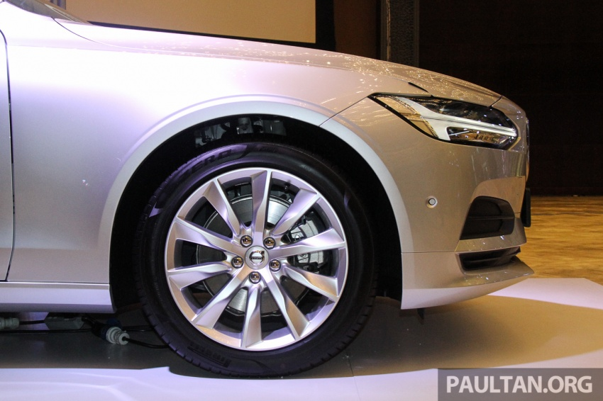 Volvo S90, V90 launched in M'sia: T5 and T6 R-Design, semi-autonomous driving as standard, from RM389k Image #634394
