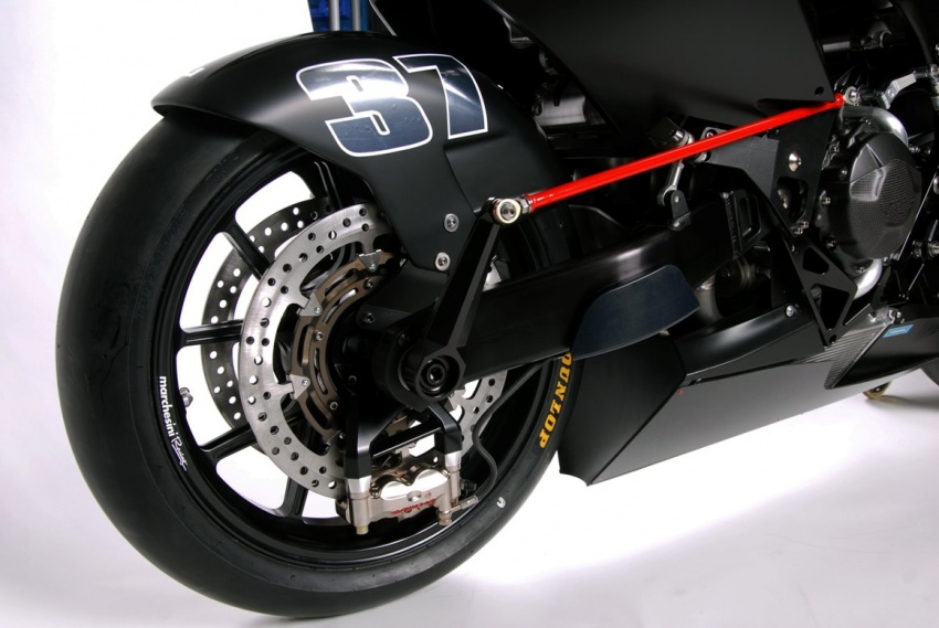Vyrus 986 M2 now ready for order – swingarm front suspension, CBR600R power, only 50 to be built Image #631824