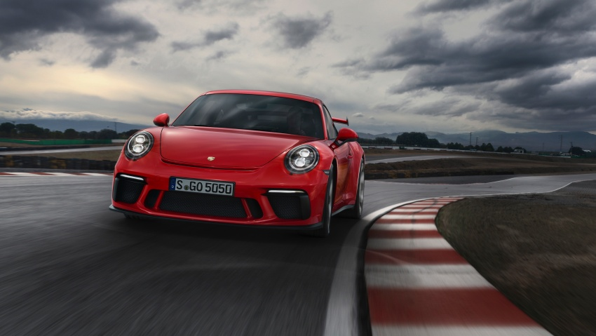 Porsche 911 GT3 now with 500 hp, manual gearbox Image #625815
