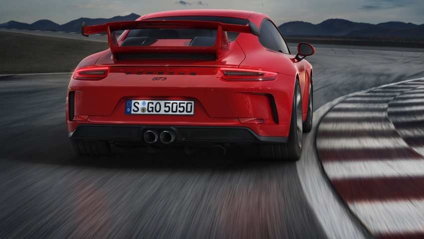 Porsche 911 GT3 now with 500 hp, manual gearbox Image #625820