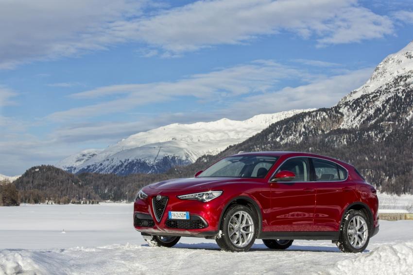 Alfa Romeo Stelvio gains new base engines for EMEA: 200 hp/330 Nm 2.0 petrol and 180 hp/490 Nm 2.2 diesel Image #639537