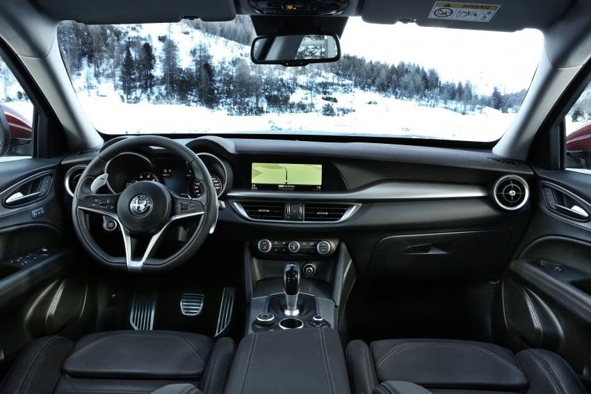 Alfa Romeo Stelvio gains new base engines for EMEA: 200 hp/330 Nm 2.0 petrol and 180 hp/490 Nm 2.2 diesel Image #639539