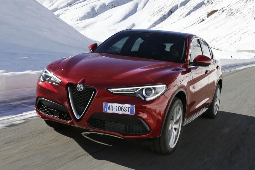 Alfa Romeo Stelvio gains new base engines for EMEA: 200 hp/330 Nm 2.0 petrol and 180 hp/490 Nm 2.2 diesel Image #639615
