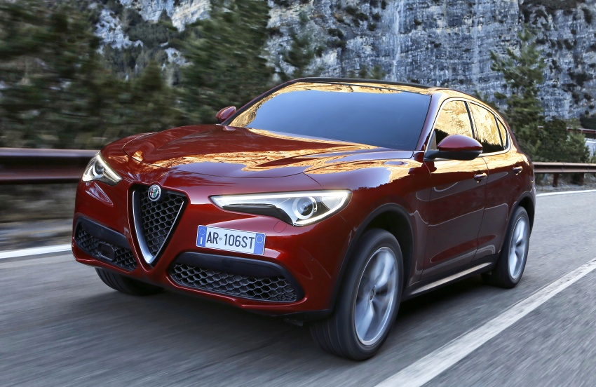 Alfa Romeo Stelvio gains new base engines for EMEA: 200 hp/330 Nm 2.0 petrol and 180 hp/490 Nm 2.2 diesel Image #639620