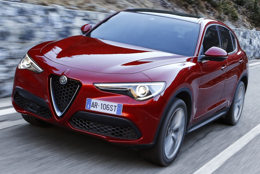 Alfa Romeo Stelvio gains new base engines for EMEA: 200 hp/330 Nm 2.0 petrol and 180 hp/490 Nm 2.2 diesel Image #639624