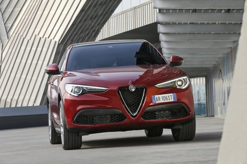 Alfa Romeo Stelvio gains new base engines for EMEA: 200 hp/330 Nm 2.0 petrol and 180 hp/490 Nm 2.2 diesel Image #639718