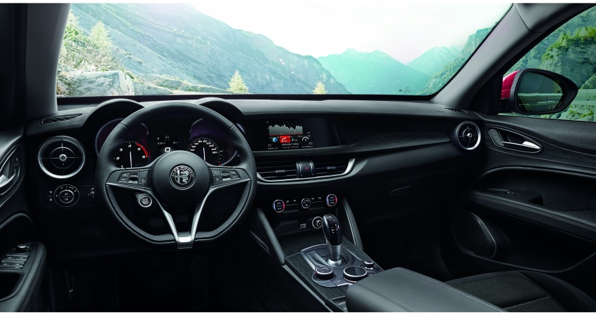 Alfa Romeo Stelvio gains new base engines for EMEA: 200 hp/330 Nm 2.0 petrol and 180 hp/490 Nm 2.2 diesel Image #639722
