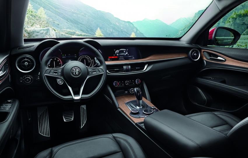 Alfa Romeo Stelvio gains new base engines for EMEA: 200 hp/330 Nm 2.0 petrol and 180 hp/490 Nm 2.2 diesel Image #639723