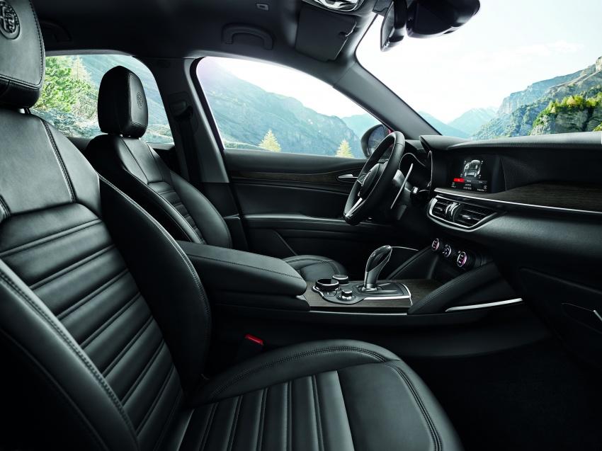 Alfa Romeo Stelvio gains new base engines for EMEA: 200 hp/330 Nm 2.0 petrol and 180 hp/490 Nm 2.2 diesel Image #639735