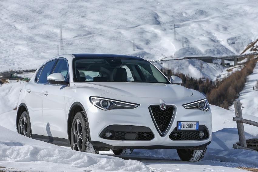 Alfa Romeo Stelvio gains new base engines for EMEA: 200 hp/330 Nm 2.0 petrol and 180 hp/490 Nm 2.2 diesel Image #639829