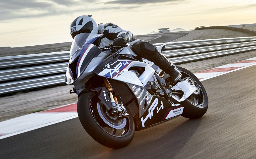 2017 BMW Motorrad HP4 Race racing motorcycle released – limited edition of only 750, worldwide Image #647882