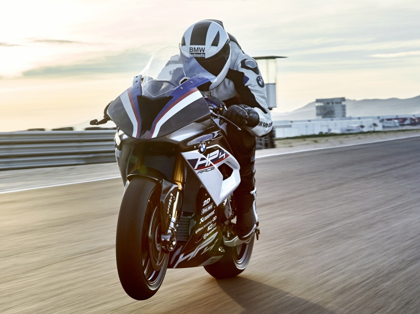 2017 BMW Motorrad HP4 Race racing motorcycle released – limited edition of only 750, worldwide Image #647885