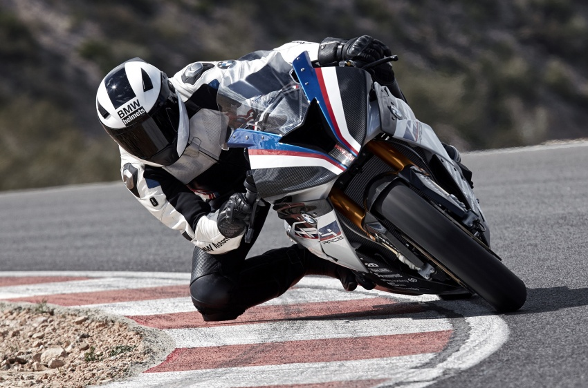 2017 BMW Motorrad HP4 Race racing motorcycle released – limited edition of only 750, worldwide Image #647891