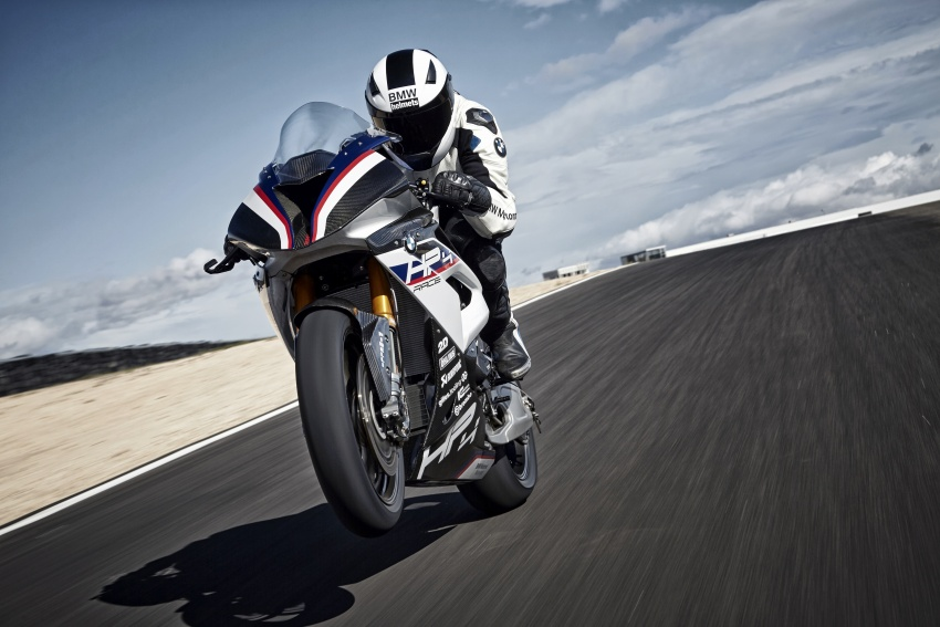 2017 BMW Motorrad HP4 Race racing motorcycle released – limited edition of only 750, worldwide Image #647894