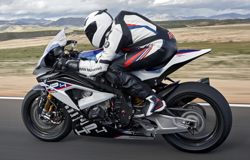 2017 BMW Motorrad HP4 Race racing motorcycle released – limited edition of only 750, worldwide Image #647896