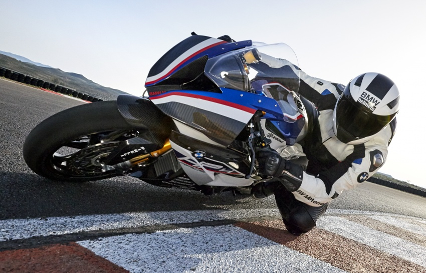 2017 BMW Motorrad HP4 Race racing motorcycle released – limited edition of only 750, worldwide Image #647902