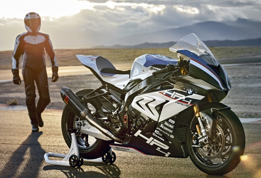 2017 BMW Motorrad HP4 Race racing motorcycle released – limited edition of only 750, worldwide Image #647920