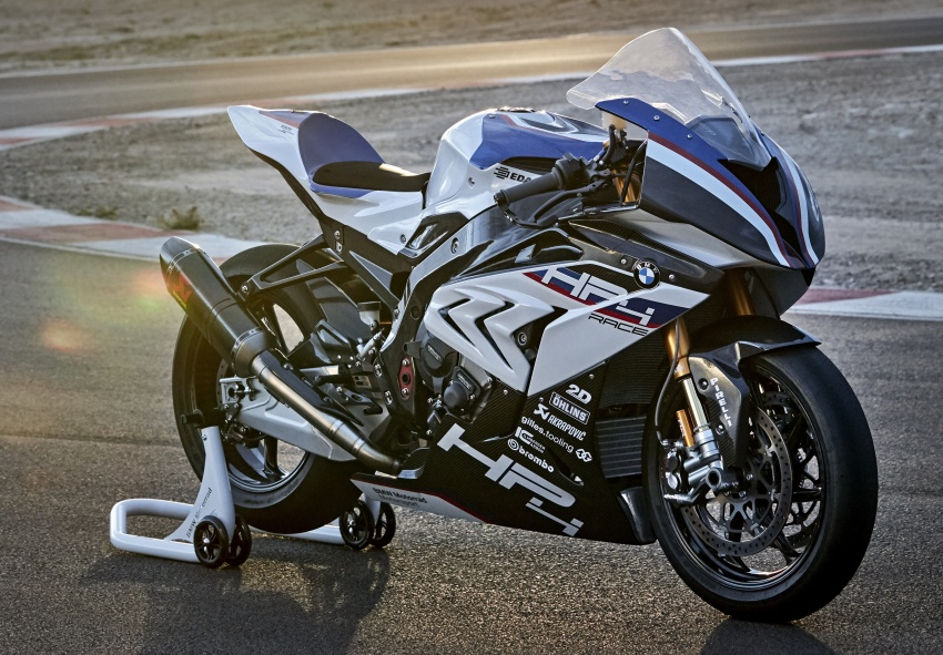 2017 BMW Motorrad HP4 Race racing motorcycle released – limited edition of only 750, worldwide Image #647922
