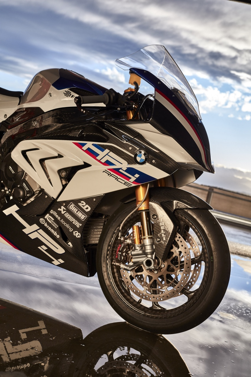 2017 BMW Motorrad HP4 Race racing motorcycle released – limited edition of only 750, worldwide Image #647925