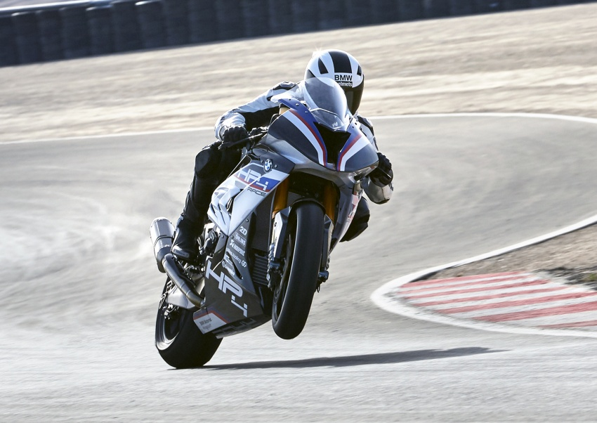2017 BMW Motorrad HP4 Race racing motorcycle released – limited edition of only 750, worldwide Image #647871
