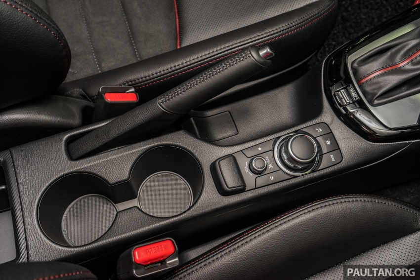 GALLERY: 2017 Mazda CX-3 with G-Vectoring Control Image #652217
