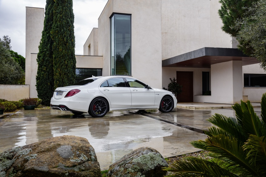 W222 Mercedes-Benz S-Class facelift debuts – new engines, enhanced styling, additional technologies Image #647613
