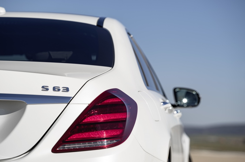 W222 Mercedes-Benz S-Class facelift debuts – new engines, enhanced styling, additional technologies Image #647624
