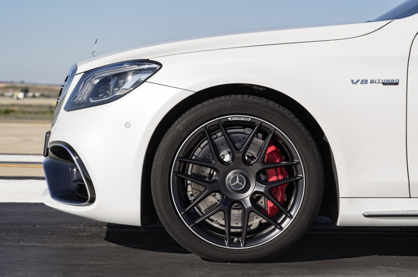 W222 Mercedes-Benz S-Class facelift debuts – new engines, enhanced styling, additional technologies Image #647627