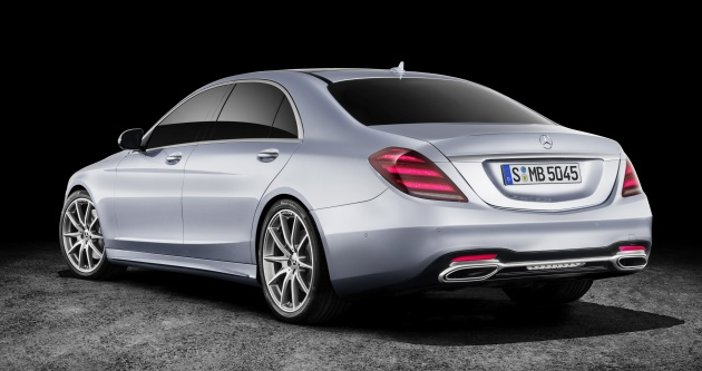 W222 Mercedes-Benz S-Class facelift debuts - new engines ...
