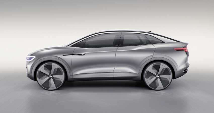 Volkswagen I.D. Crozz – coupe/SUV crossover EV debuts with 306 PS, all-wheel drive, 500 km range Image #647133
