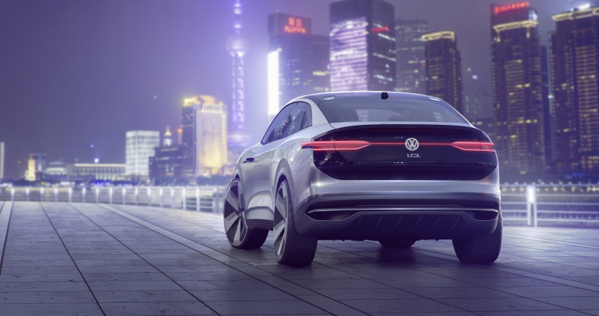 Volkswagen I.D. Crozz – coupe/SUV crossover EV debuts with 306 PS, all-wheel drive, 500 km range Image #647135