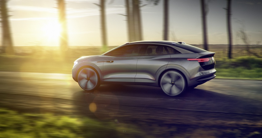 Volkswagen I.D. Crozz – coupe/SUV crossover EV debuts with 306 PS, all-wheel drive, 500 km range Image #647140