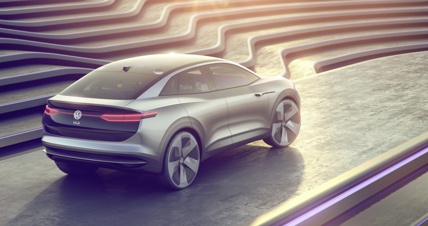 Volkswagen I.D. Crozz – coupe/SUV crossover EV debuts with 306 PS, all-wheel drive, 500 km range Image #647143
