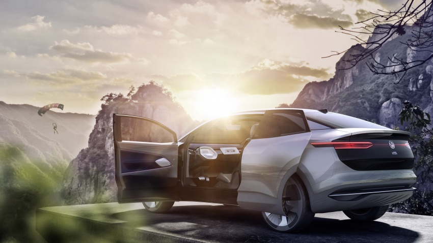 Volkswagen I.D. Crozz – coupe/SUV crossover EV debuts with 306 PS, all-wheel drive, 500 km range Image #647145