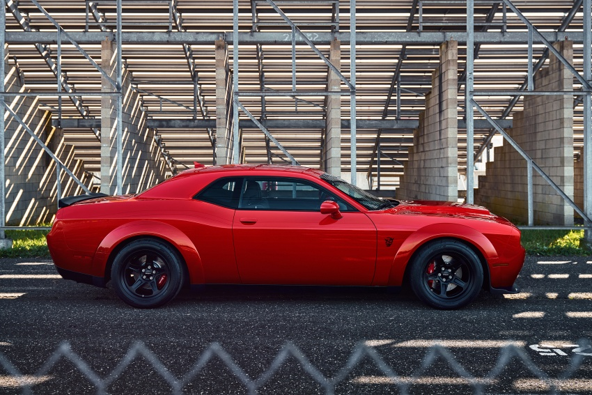 Dodge Challenger SRT Demon – world's quickest production car with 840 hp, 0-100 km/h in 2.3 secs Image #643882