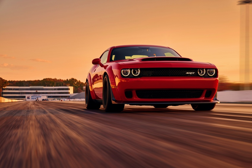 Dodge Challenger SRT Demon – world's quickest production car with 840 hp, 0-100 km/h in 2.3 secs Image #643890