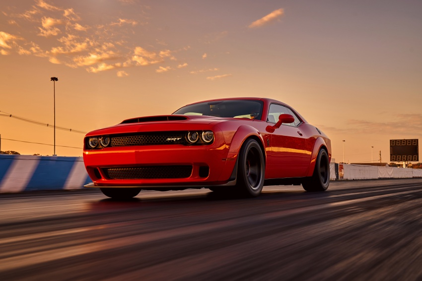 Dodge Challenger SRT Demon – world's quickest production car with 840 hp, 0-100 km/h in 2.3 secs Image #643896
