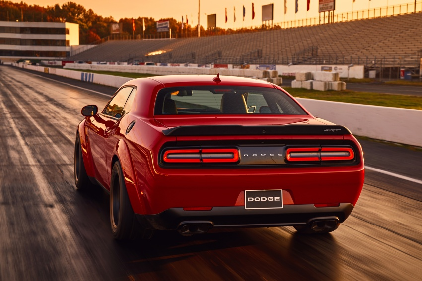 Dodge Challenger SRT Demon – world's quickest production car with 840 hp, 0-100 km/h in 2.3 secs Image #643906