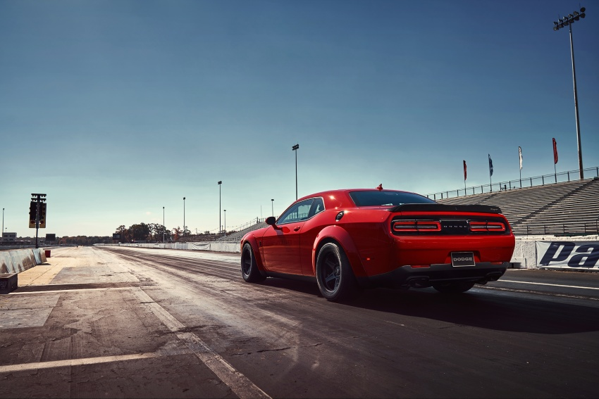 Dodge Challenger SRT Demon – world's quickest production car with 840 hp, 0-100 km/h in 2.3 secs Image #643907