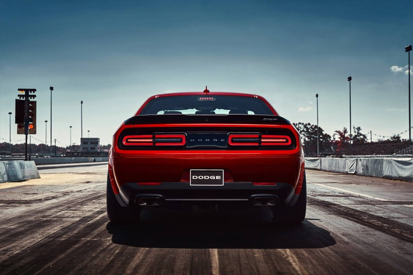 Dodge Challenger SRT Demon – world's quickest production car with 840 hp, 0-100 km/h in 2.3 secs Image #643909