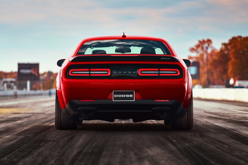 Dodge Challenger SRT Demon – world's quickest production car with 840 hp, 0-100 km/h in 2.3 secs Image #643911