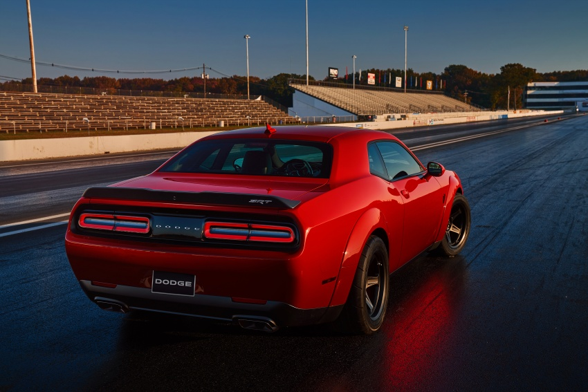 Dodge Challenger SRT Demon – world's quickest production car with 840 hp, 0-100 km/h in 2.3 secs Image #643914