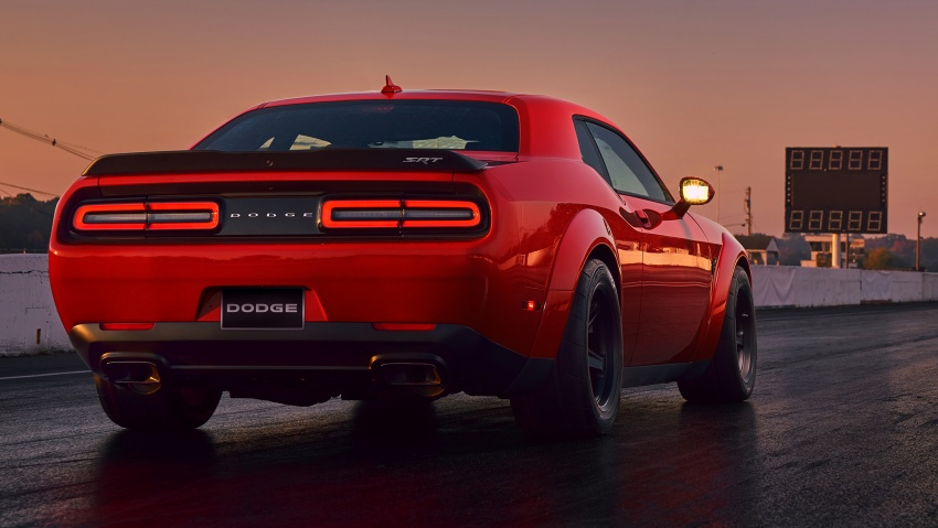 Dodge Challenger SRT Demon – world's quickest production car with 840 hp, 0-100 km/h in 2.3 secs Image #643916
