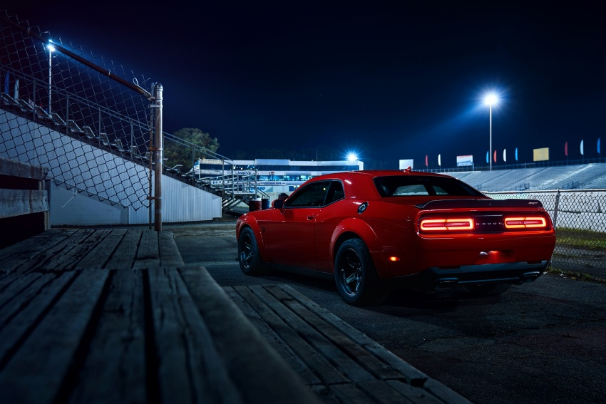 Dodge Challenger SRT Demon – world's quickest production car with 840 hp, 0-100 km/h in 2.3 secs Image #643925