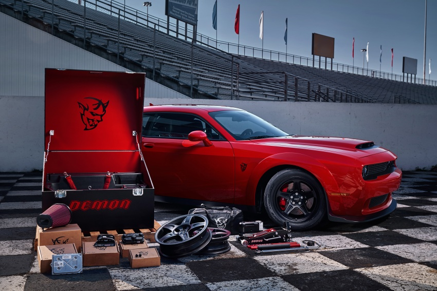 Dodge Challenger SRT Demon – world's quickest production car with 840 hp, 0-100 km/h in 2.3 secs Image #643927